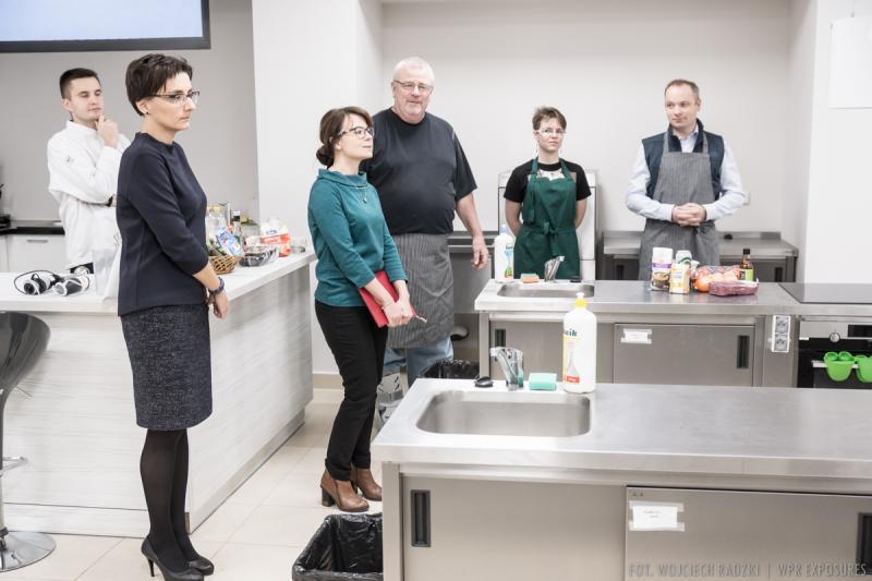 "2018.12.08 – Warsztaty kulinarne ""The tastes of America"""