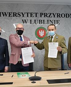Podpisanie porozumienia o współpracy z Roztoczańskim Parkiem Narodowym