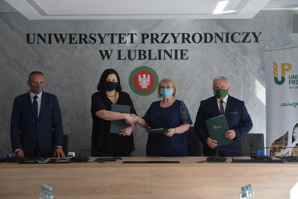 Współpraca z Zespołem Szkół Chemicznych i Przemysłu Spożywczego w Lublinie