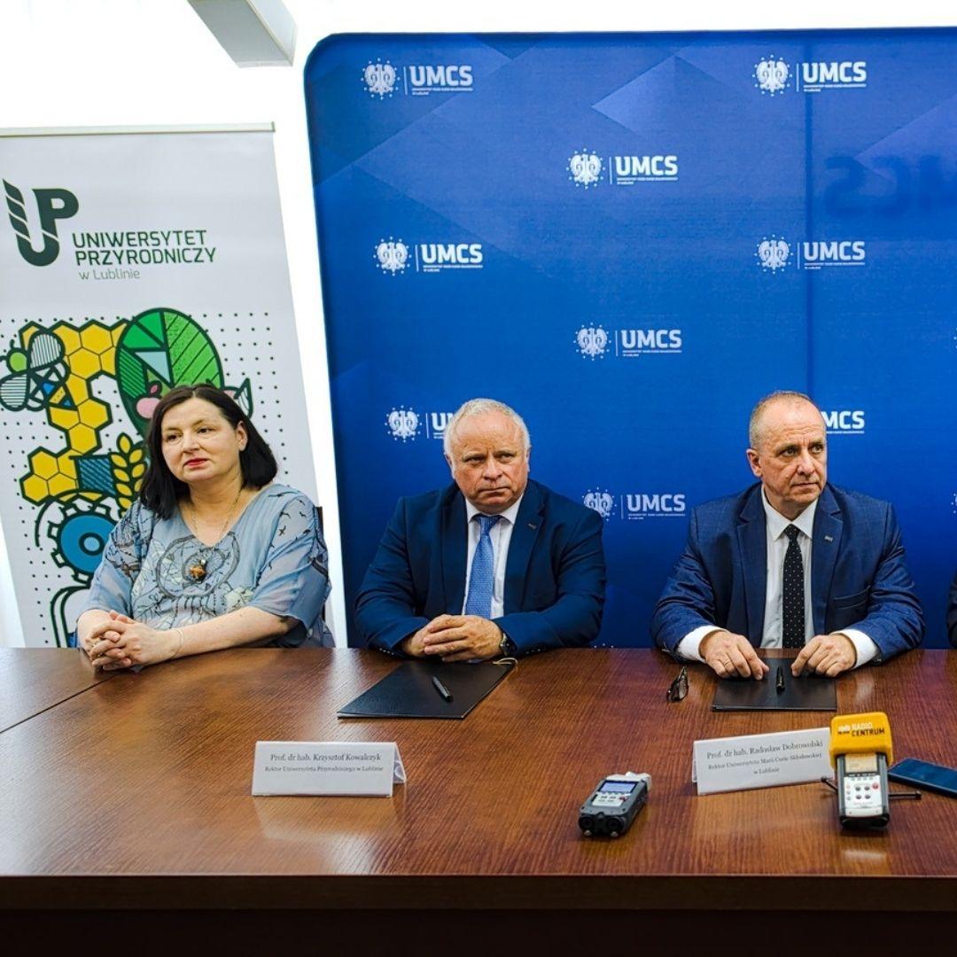 Podpisanie umowy o współpracy dydaktycznej między członkami ZUL